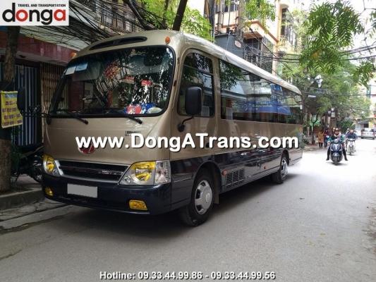 cho-thue-xe-29-cho-limousine
