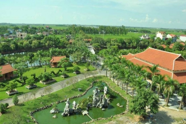 Hoang-long-resort-khuan-vien